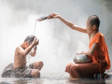LOLEI_TRAVEL-slider_Laos-1-1900x1069