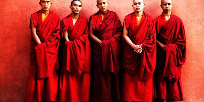 Buddhist-Monks-Clothes