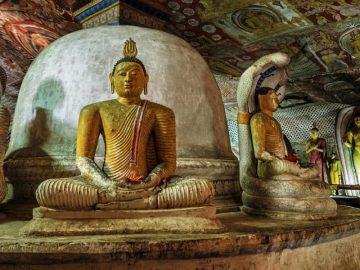 iStock_000091236175_Dambulla_Cave_Temple