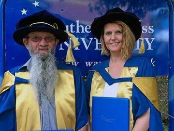 Ông Gregory tốt nghiệp đại học năm 2008