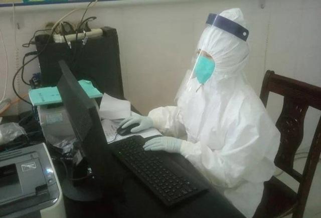 Bác sĩ Tào Hiểu Anh tại Trung tâm điều trị