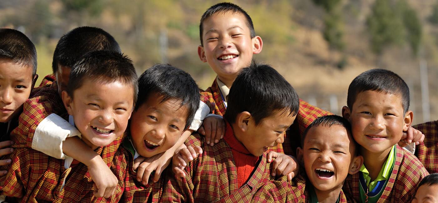 Du-lich-Bhutan-dat-nuoc-hanh-phuc-duoc-dem-ra-la-thuoc-do